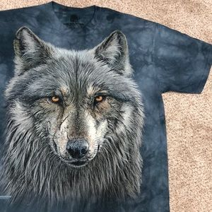 The Mountain Wolf Graphic T-shirt